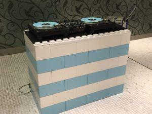 7-DJ-Booth